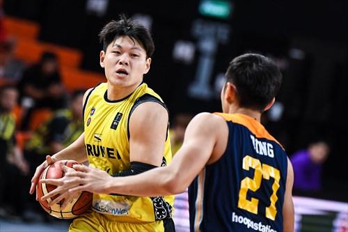 27 Chun Hong Ting (MAS)