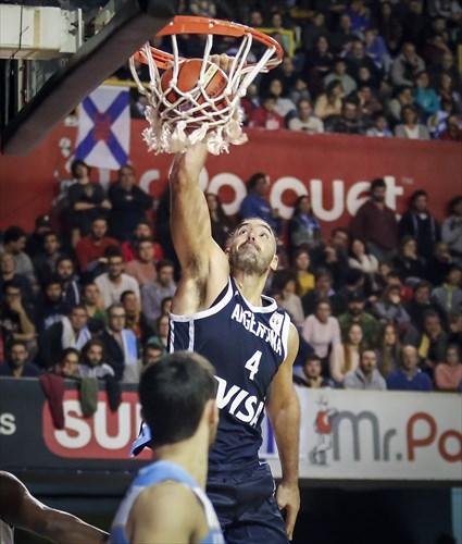 4 Luís Scola (ARG)