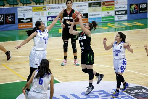 9 Silvia Vega (ESA), 4 Evelyn Quiroz (MEX)