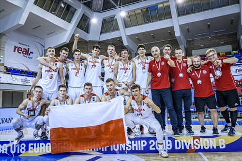 Polish team, the winner of the silver medals