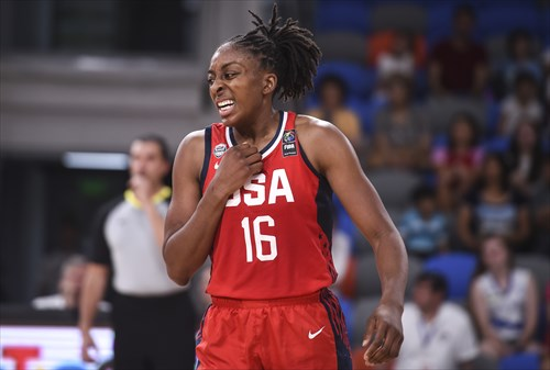 16 Nneka Ogwumike (USA)