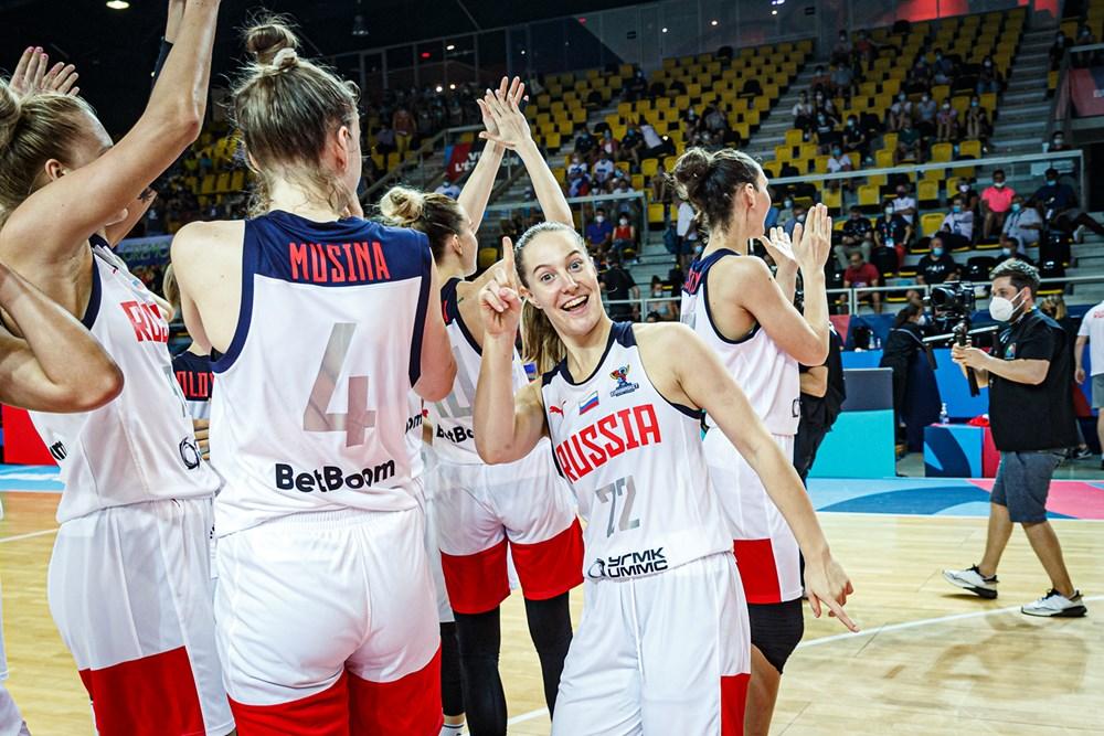 Rusia accede a cuartos de final al derrotar a Eslovenia. Foto:fiba.basketball