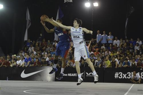 #11 Lucas Gargallo (Team Argentina) vs #11 Olivier (Team France)