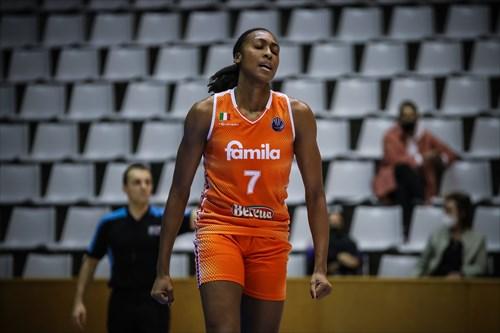 7 Sandrine Gruda (SCHI)