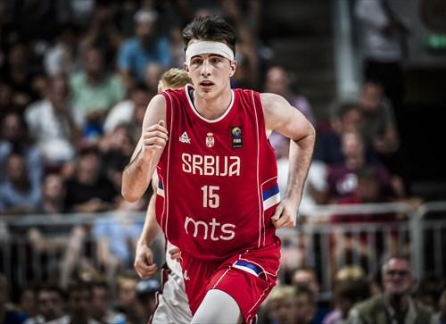 15 Marko Pecarski (SRB)