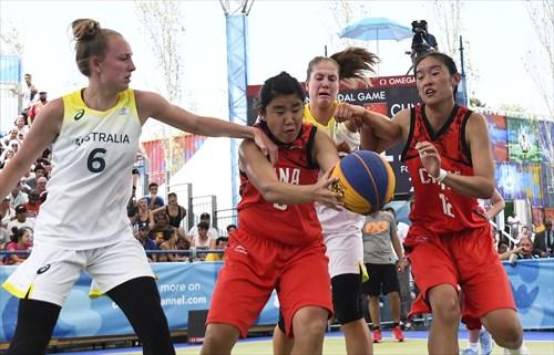 12 Han Xu (CHN), 5 Ruby Porter (AUS), 6 Sara-rose Smith (AUS), 9 Hao Zheng (CHN)