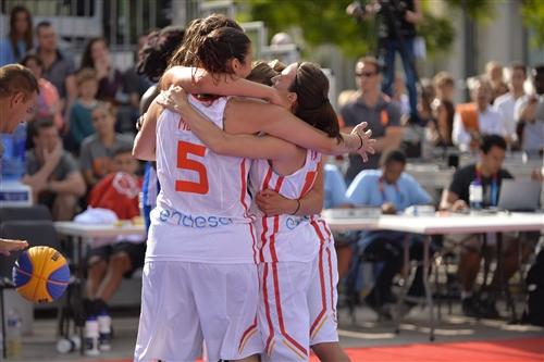 13 Sandra Ygueravide (ESP), 11 Vega Gimeno Martinez (ESP), 10 Maria Asurmendi (ESP), 5 Esther Montenegro (ESP)