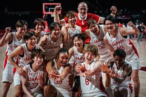 0 Moeko Nagaoka (JPN), 8 Maki Takada (JPN), 12 Naho Miyoshi (JPN), 13 Rui Machida (JPN), 15 Nako Motohashi (JPN), 20 Nanako Todo (JPN), 27 Saki Hayashi (JPN), 30 Evelyn Mawuli (JPN), 32 Saori Miyazaki (JPN), 52 Yuki Miyazawa (JPN), 88 Himawari Akaho (JPN), Tom Hovasse (JPN), 99 Monica Okoye (JPN)
