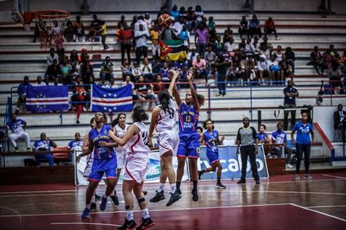 9 Noha Ibrahim (EGY), 13 Nayra Sequeira (CPV)