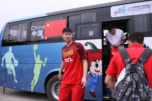 14 Zhelin WANG (China)