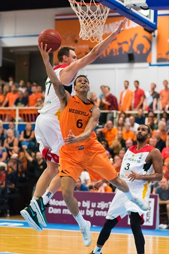 6 Worthy Donovan Rafael De Jong (NED), Netherlands v Germany (Photo: Christian Aarts)