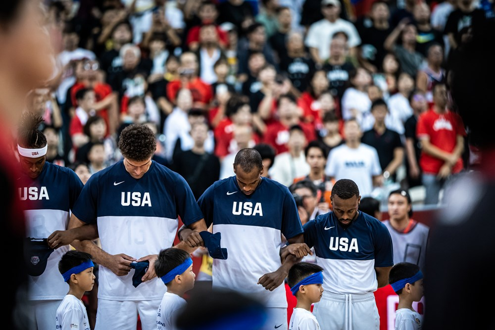 【世界盃】太殘暴了!美國隊狂勝日本53分 小組頭名出線(影)