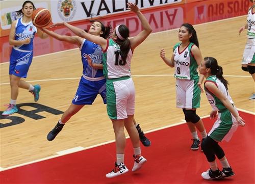14 Nathaly Pinelo (GUA)
