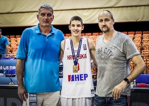 HKS President Stojko Vrankovic, Boris Tisma and Dino Radja