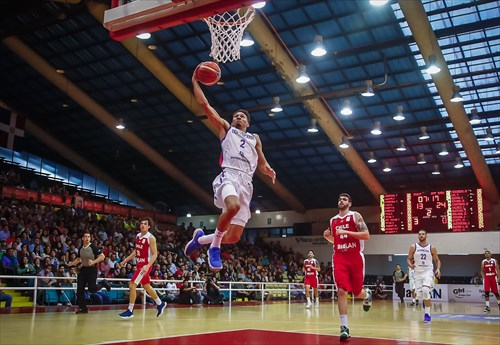 2 Rigoberto Mendoza (DOM)
