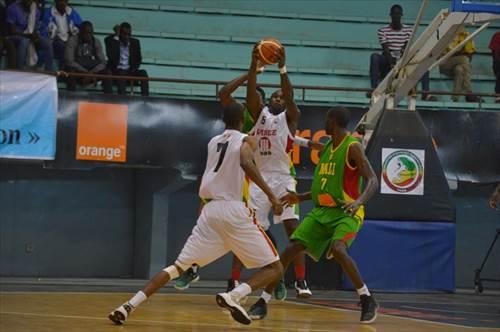 5 Mohamed Lamine Traoré (GUI)