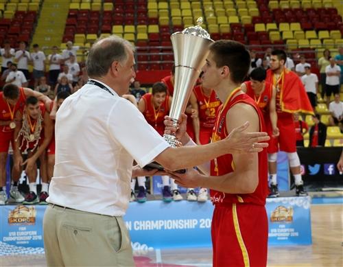 Ukraine-Montenegro021