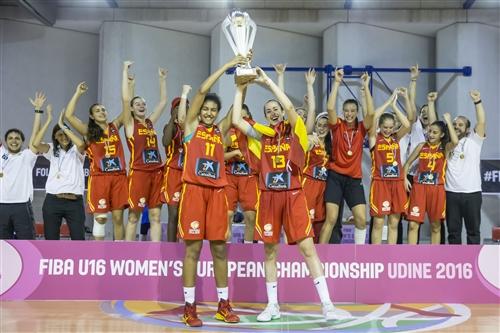 13 Carla Lopez (ESP), 11 Aixa Wone (ESP)