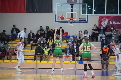 35 Melike Yalcinkaya (BEOI), 10 Lindsey Denise Pulliam (BEOI), 18 Hanna Brych (BEOI), 15 Reka Dombai (GYOR), 11 Sabina Oroszova (GYOR)