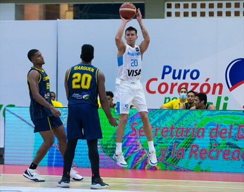 20 Carlos Schattmann (ARG)
