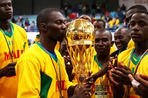 Coach Mamoutou Kane (MLI)