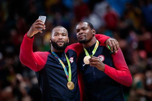 5 Kevin Durant (USA), 12 Demarcus Cousins (USA)