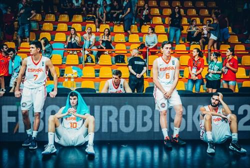 7 Raimon Carrasco (ESP), 10 Josep Busquets (ESP), 6 Jose Ibanez (ESP), 17 Eric Gonzalez (ESP)