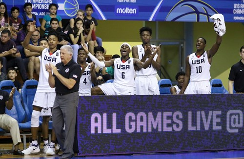 11 Scott Barnes Jr (USA), 4 Zion Harmon (USA), 10 Romeo Weems (USA), Donald Showalter (USA), 6 De'vion Harmon (USA)