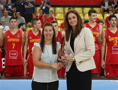 Organizers award