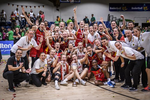 Team Germany and Team Poland together