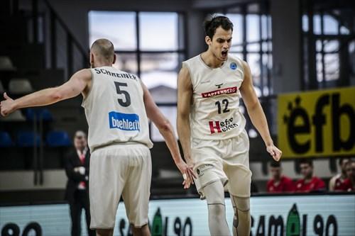 5 Thomas Schreiner (KAPF), 12 Nemanja Krstic (KAPF)