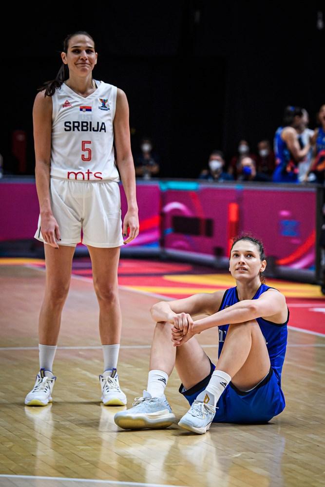 Serbia se lleva la victoria en la prórroga ante Italia