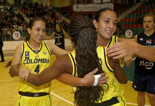 7 Mayra Caicedo (COL), 12 Jenifer Muñoz (COL), 4 Manuela Rios (COL)