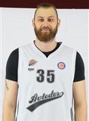 Headshot of Artem Zabelin