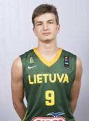 Headshot of Dovydas Giedraitis