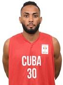 Headshot of Osmel Oliva