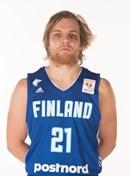 Headshot of Antto Nikkarinen