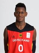 Headshot of Isaac Bonga