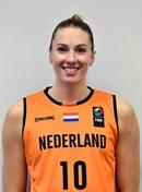 Headshot of Natalie van den Adel