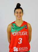 Headshot of Carolina Goncalves
