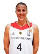 Headshot of Marie Bertholdt