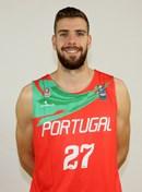 Headshot of Diogo Araujo