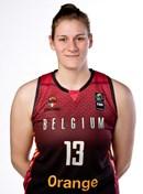 Headshot of Kyara Linskens