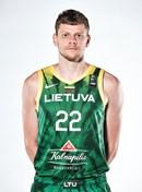 Headshot of Eimantas Bendzius