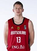Headshot of Moritz Wagner