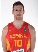 Headshot of Victor Claver