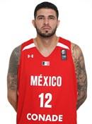 Headshot of Héctor Hernández