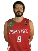 Headshot of Nuno Oliveira