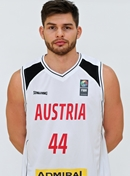 Headshot of Filip Kramer
