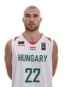 Headshot of Janos Eilingsfeld